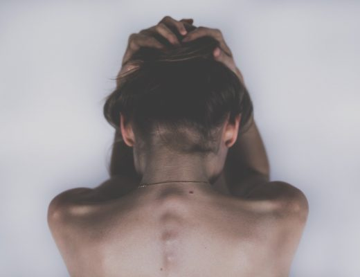 symptôme fibromyalgie femme